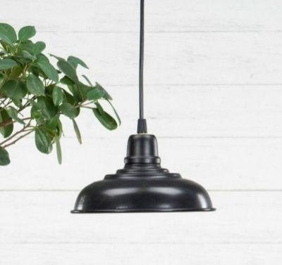 taklampa-svart-metall-handgjord-kok-hall-sovrum
