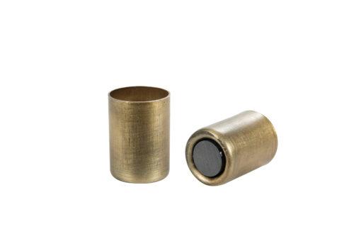 ljushallare-ljusstake-magnet-kronljus-adventssljusstake-metall-bricka-stileben