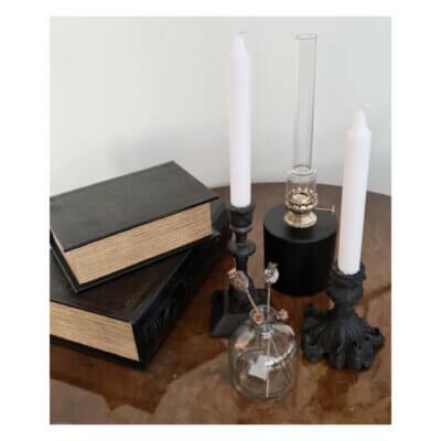 ljusstake gjutjarn svart kronljus bok lada fotogenlampa